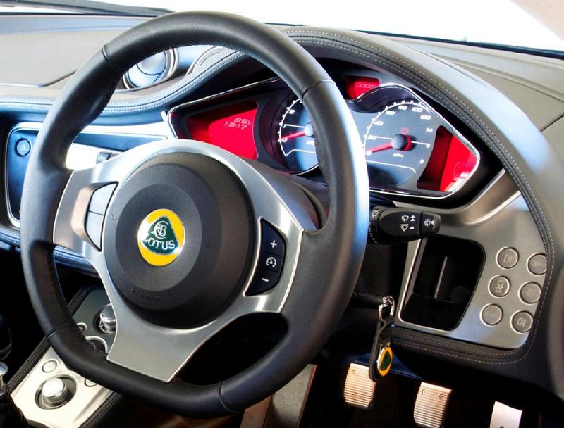 http://gallery.seloc.org/albums/userpics/35816/wheel.jpg